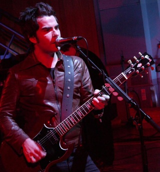 kelly jones live courtesy c4